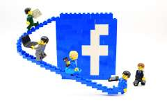 Will Facebook Jobs render LinkedIn obsolete?