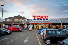 Tesco forced to pay £10m to staff after payroll error