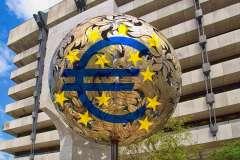 Bank offers half-million bonus bait in efforts to retain 'key' staff
