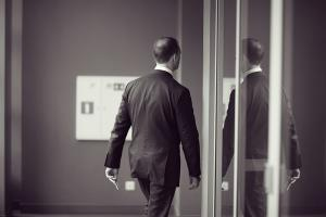 How to handle a departing employee