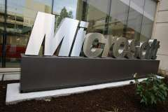 Microsoft's CEO shortlist down to five with Elop as bookie's favourite